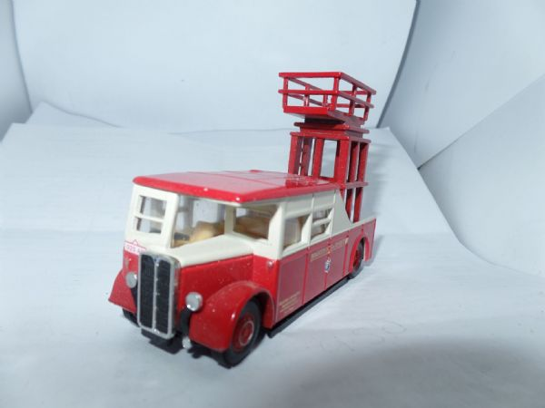 Corgi OOC 42101 AEC Tower Wagon Brighton Hove District Trolleybus UB